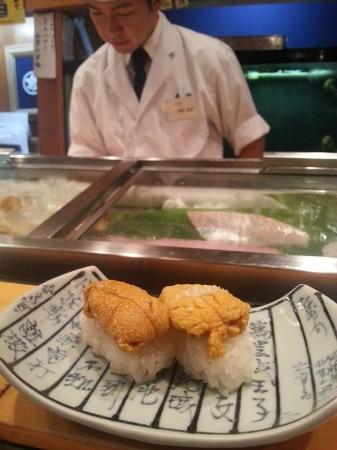 新潟県で鮮度の高い美味しいお寿司が食べられる鮨割烹「丸伊」さんの雲丹!!