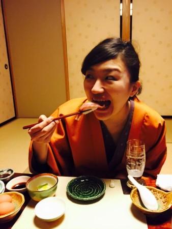食べる祥子