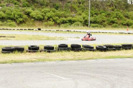国内最大級のカート場 胎内 スピードパーク新潟SPNで、若旦那カートの練習